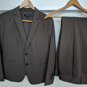 AnnTaylor Wool Pant Suit Pinstripe 4P nearly new